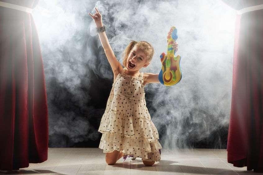 Come rendere indimenticabile la festa della tua piccola rockstar